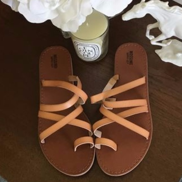 82976cd6787cb5 Mossimo Lina Strappy Vegan Leather Flat Sandals